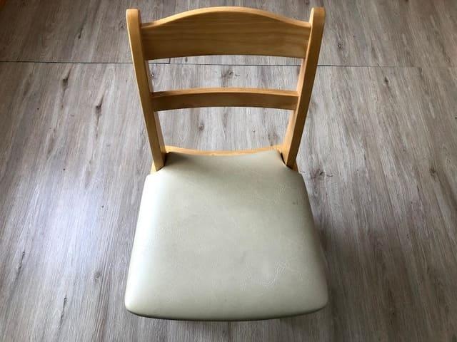 座面 張り替え前 椅子