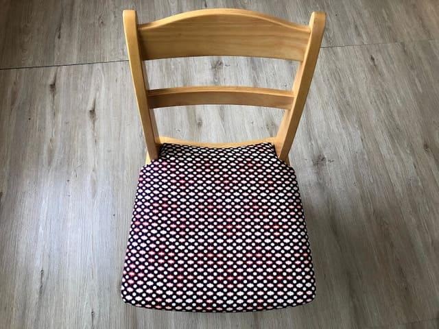 座面張り替えた 椅子